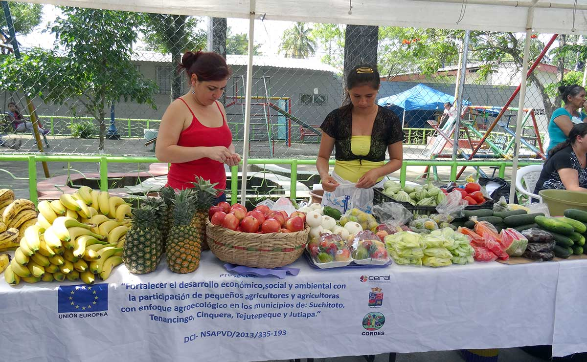 Celebración del Día de la Mujer Rural en El Salvador