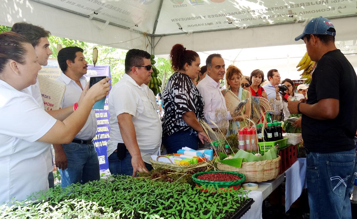 Impulsamos la producción agroecológica y los mercados locales en El Salvador