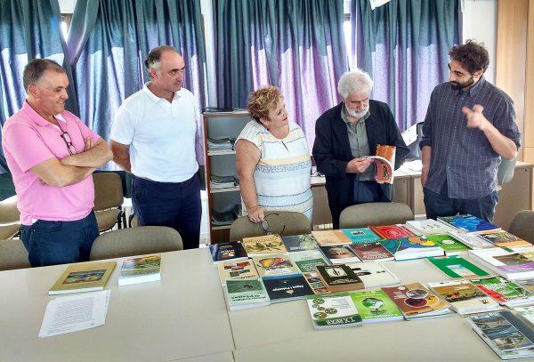 Donación de libros a la Escuela de Capataces Agrícolas de Catarroja (Valencia)