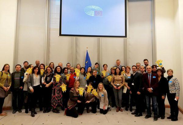 La economía social y solidaria se presenta en la sede del Parlamento Europeo como un paradigma social por la dignidad