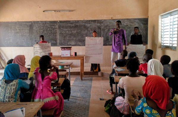 Primeras actividades de sensibilización sobre agroecología en colegios de Senegal
