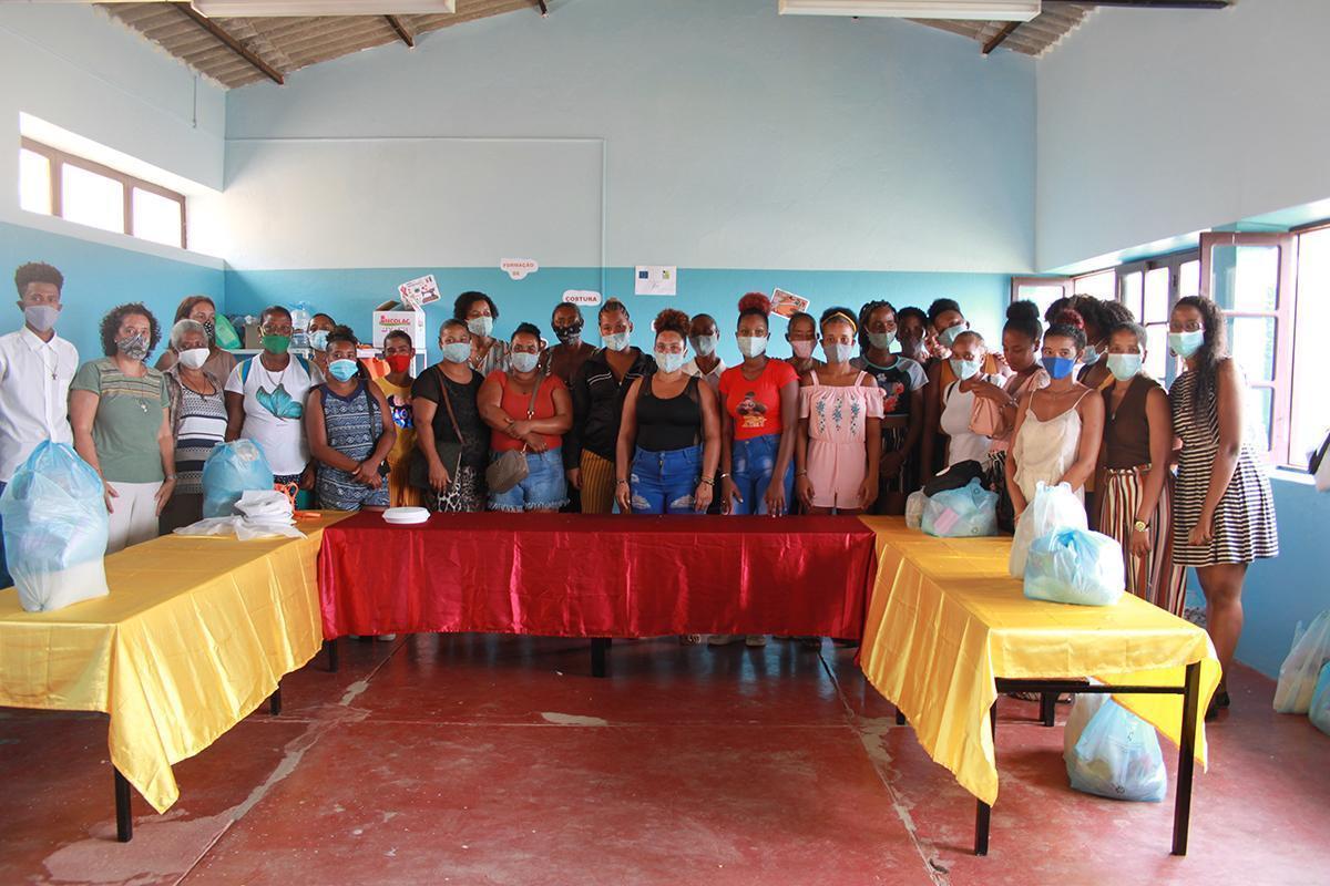Seguimos apoyando iniciativas comunitarias para hacer frente a la COVID-19 en Cabo Verde