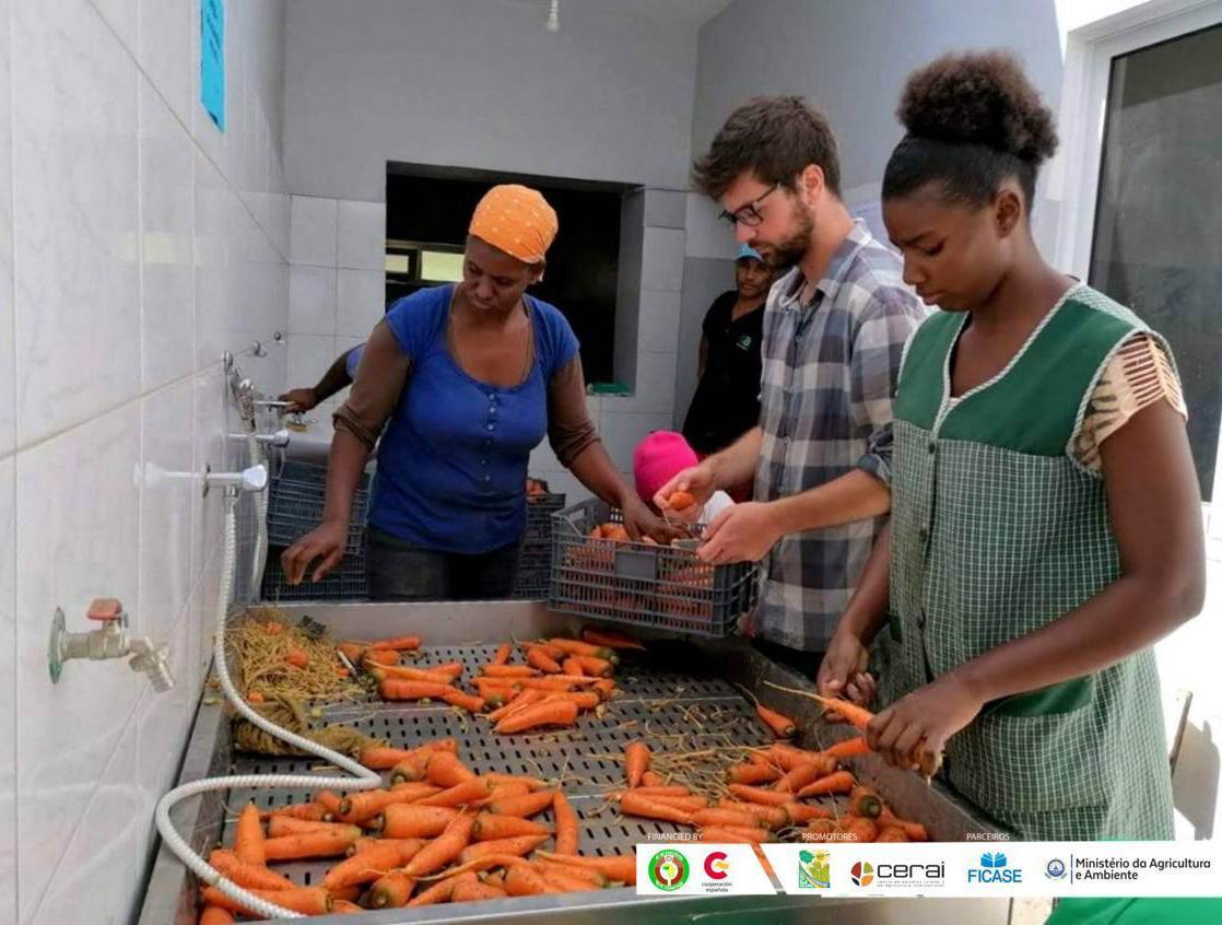 Fomentamos la mejora de la nutrición escolar y el emprendimiento rural en Cabo Verde